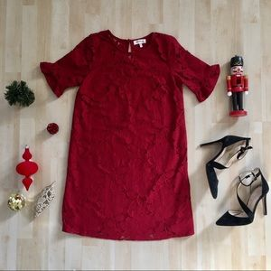 Monteau red lace dress with ruffle short sleeves